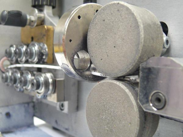 machine coupe-fil et marquage